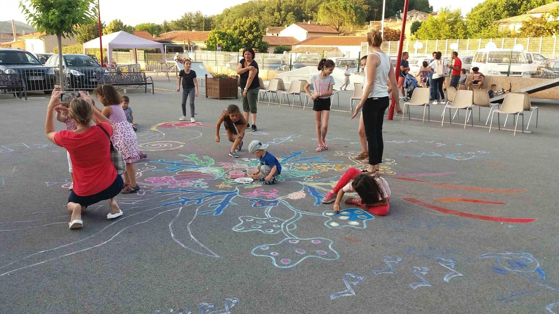 2018-Street-painting-en-familleLa-Celle